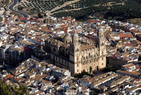 >Puede que algo cambie en tí…, si vienes a Jaén